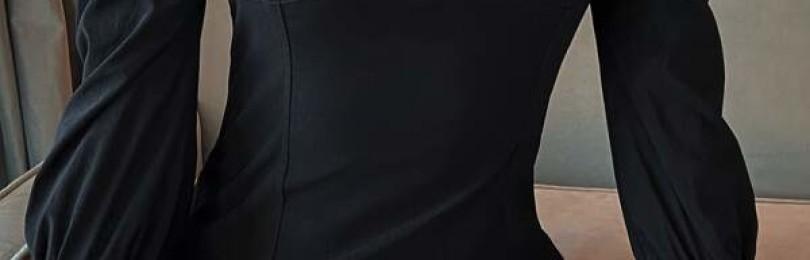 Короткое черное облегающее платье с пышными рукавами