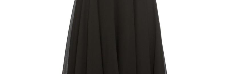 Черное вечернее платье с блестящими пайетками