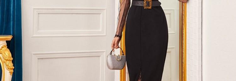 Черное платье с сетчатыми рукавами и разрезом