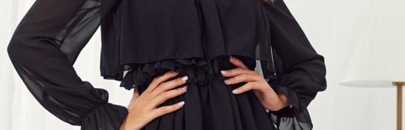 Черное короткое полупрозрачное платье с оборками