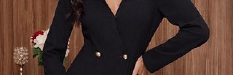 Двубортное черное платье с пуговицами