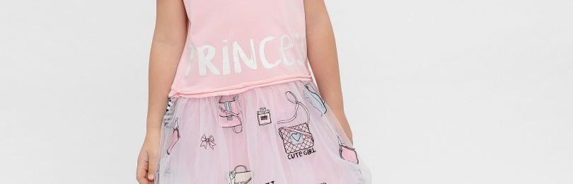 Нежно-розовое платье для девочки