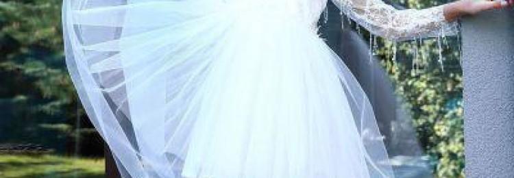 Белое фатиновое платье-рубашка для девочки