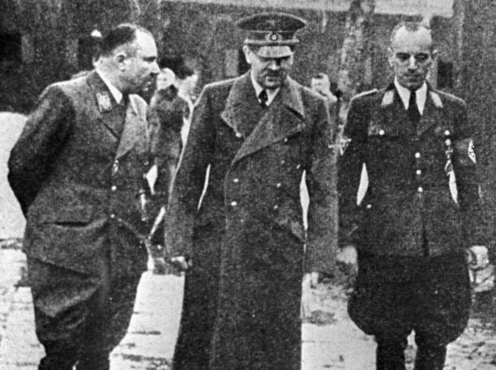 Адольф Гитлер Фото